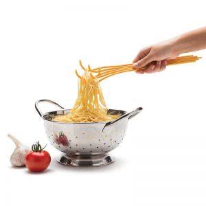 pribor-za-servirane-na-spageti-01