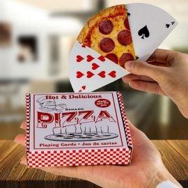 Карти за Игра - Парчета Пица в Ръка